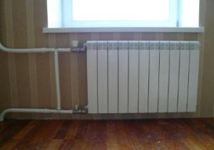 Установка радиаторов отопления в Миассе под подоконник.
