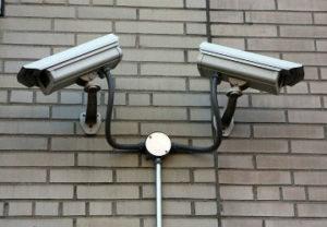 Установка камер Видеонаблюдения в Миассе. С отличной расстановкой захватывает весь объем площади.