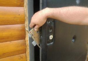 Ремонт замков дверных